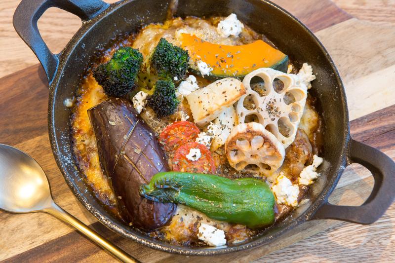 野菜ゴロゴロ焼きカレーの写真