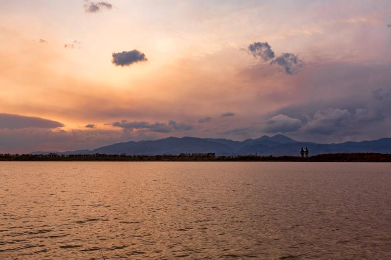 オアシスパークから見る夕焼けの写真